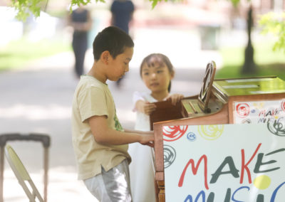 Make Music Chicago 2017 - Washington Square Park Pianos in the Parks